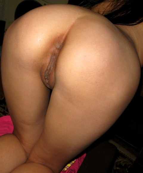 Nude amateur wife booty